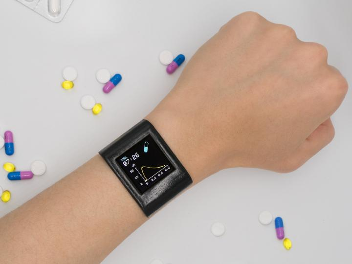 This smartwatch offers a new level of personalized medicine!