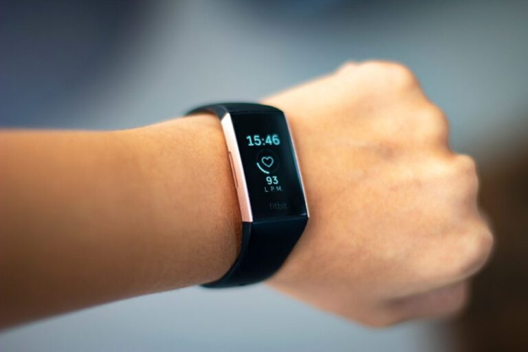 Could wearable devices have a role in COVID-19 detection?